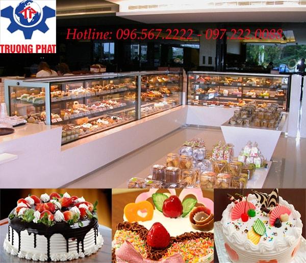 Tủ trưng bày bánh kem để bàn có tính năng phun ẩm