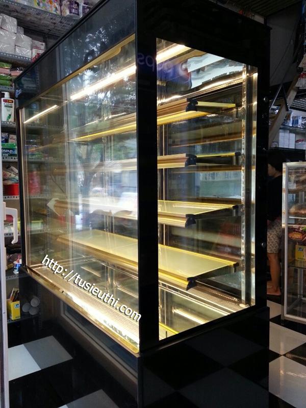tủ trưng bày bánh đứng 5 tầng