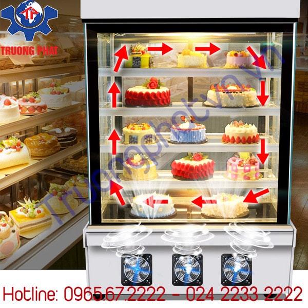 Bật chế độ phun ẩm cho tủ bánh kem đúng lúc