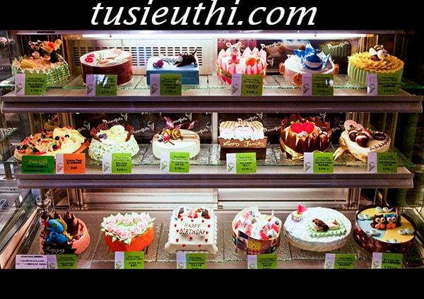 3 câu hỏi giúp bạn hiểu hơn về tủ trưng bày bánh kem