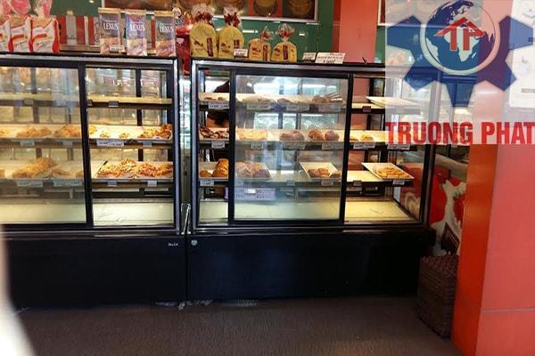 Không nên để nhiệt độ tủ trưng bày bánh kem quá cao