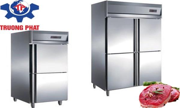 Tủ bảo ôn được làm bằng chất liệu cách nhiệt tốt